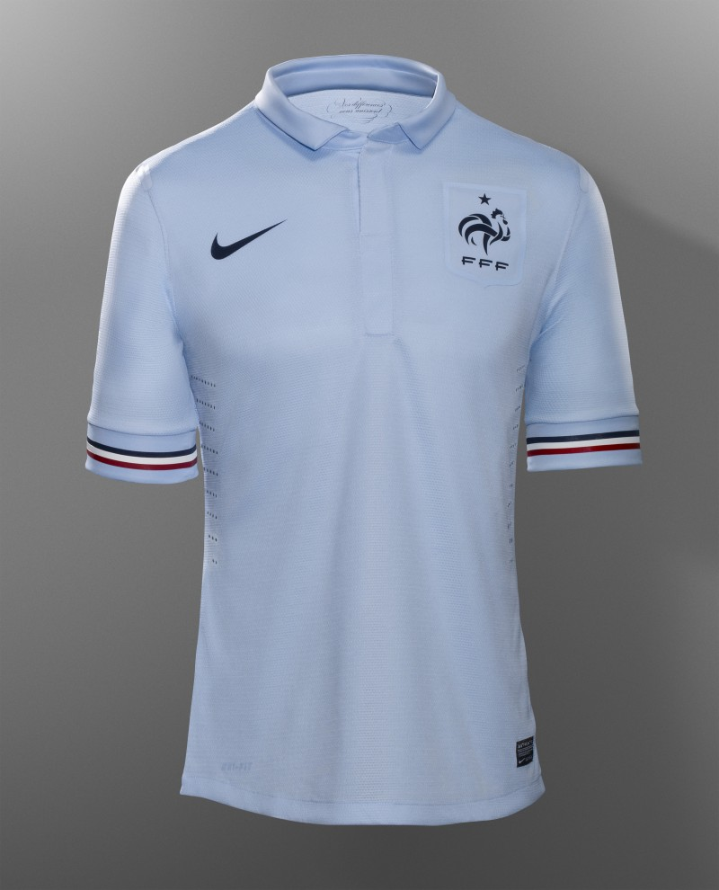 Nouveau-Maillot-Nike-footall-France-away-5