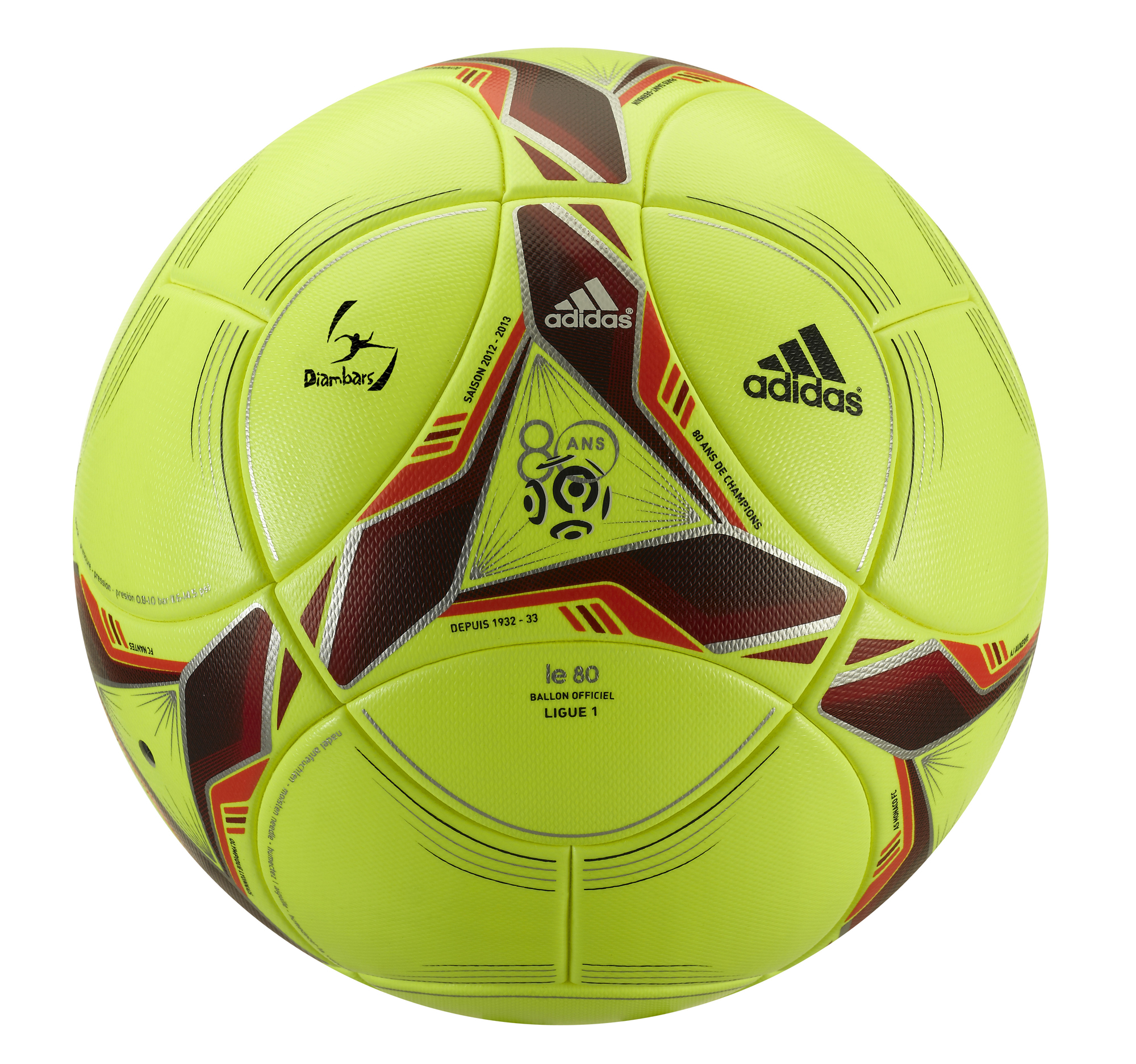 adidas, la Ligue 1 et Diambars lancent le ballon solidaire