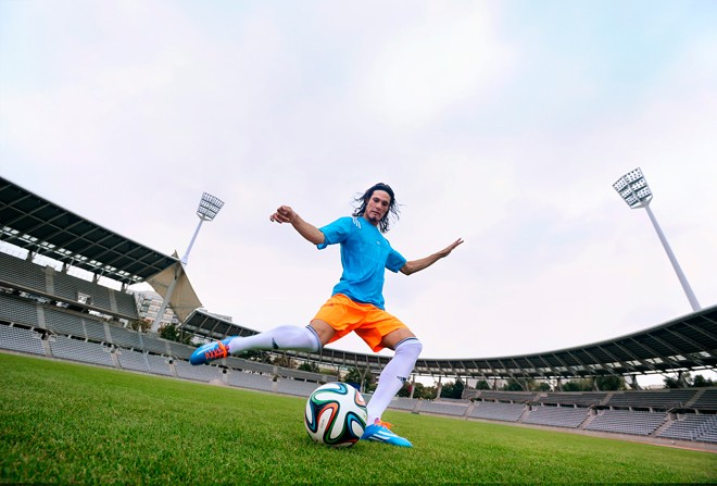 brazuca-adidas-ball-fifa-world-cup_cavani