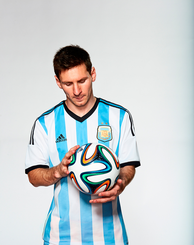 brazuca-adidas-ball-fifa-world-cup_messi