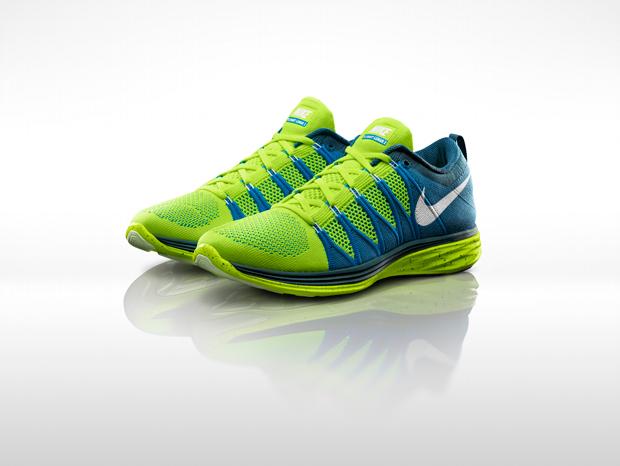 Nike_Flyknit_Lunar_2_M_Pair_26860_620