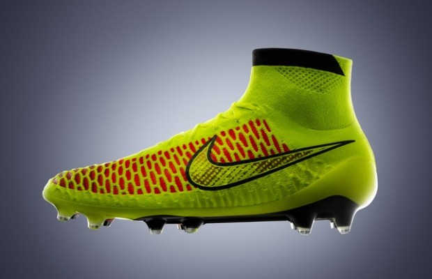 chaussures foot nike magista