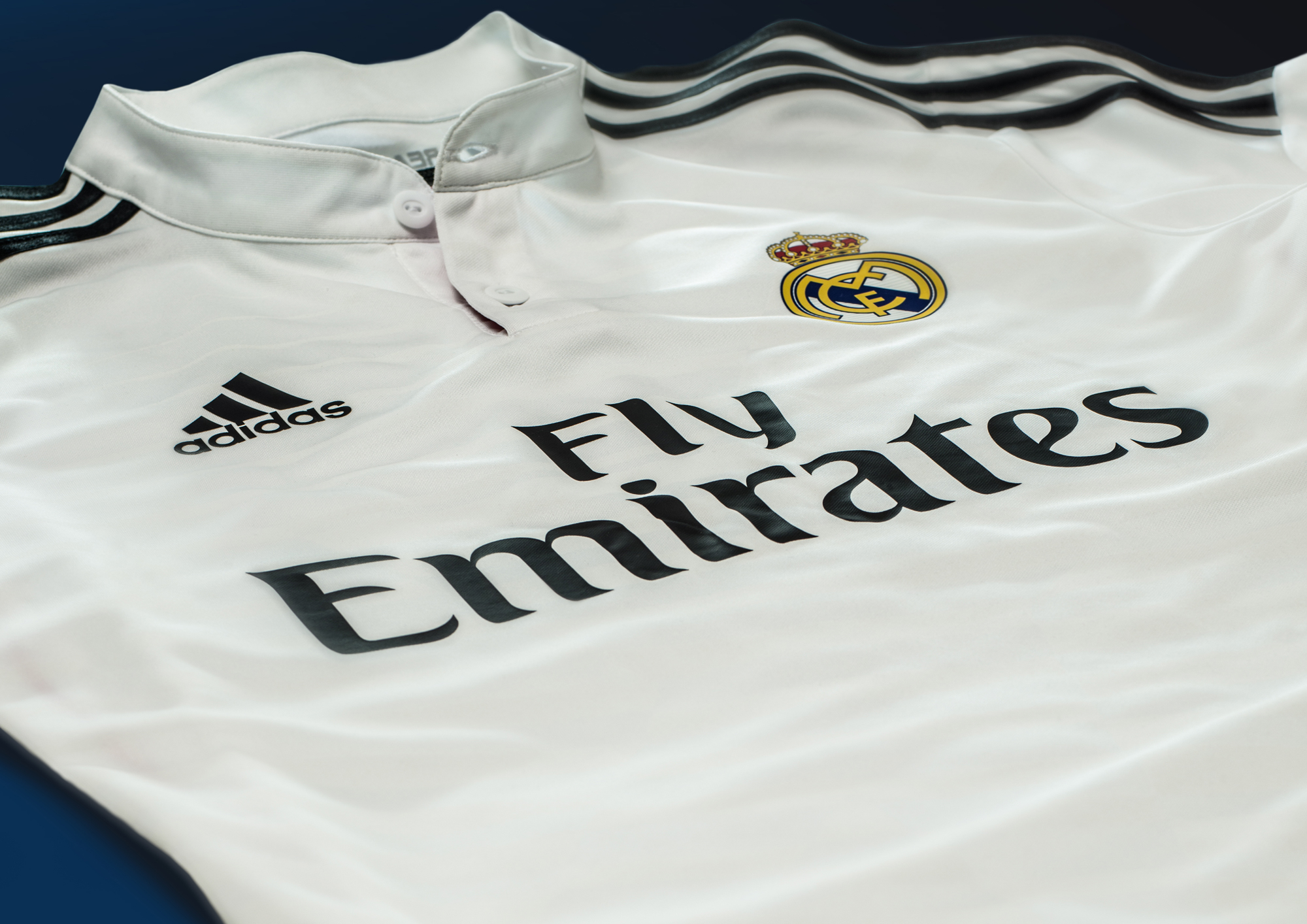 adidas-real-madrid-home-kit-laydown