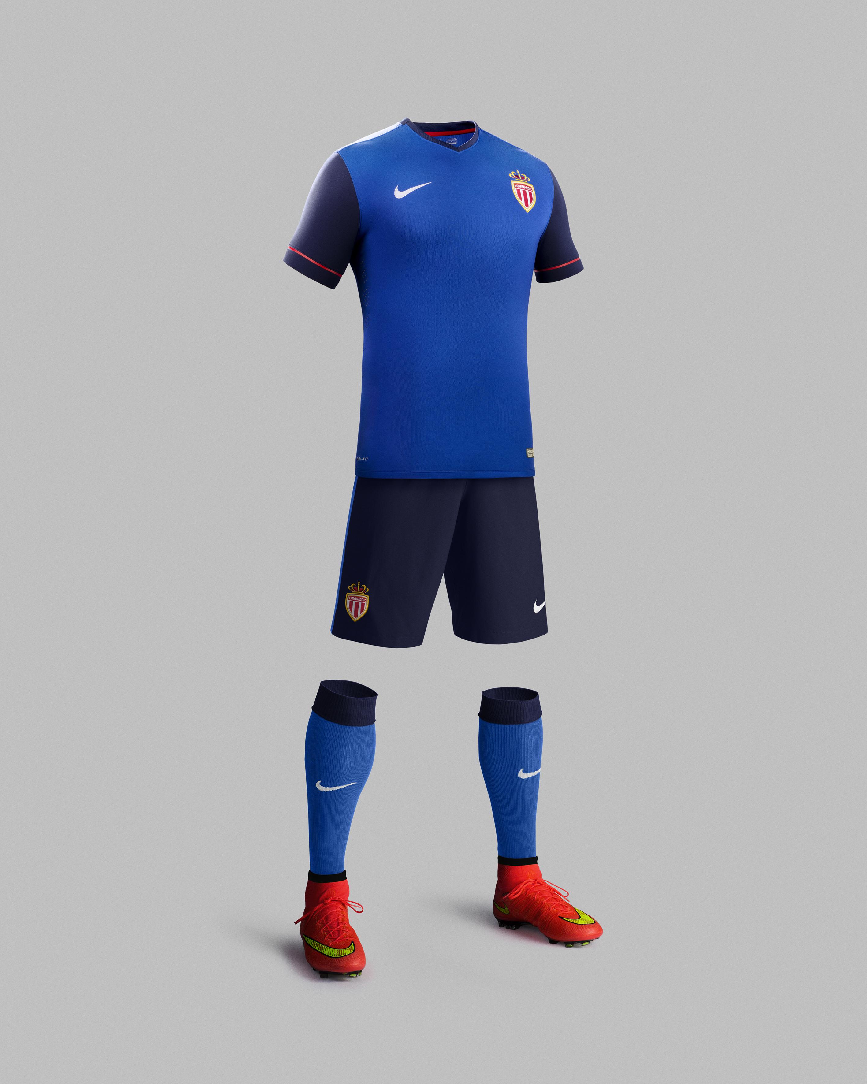 Nike d voile le nouveau maillot ext rieur de monaco - Ecusson as monaco ...