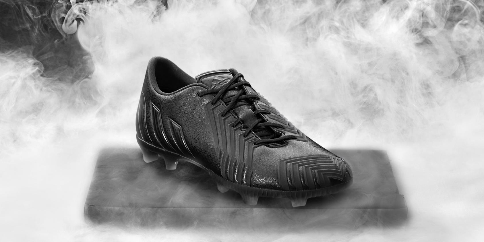Adidas_Football_B&W_Predator_Black_Hero_04