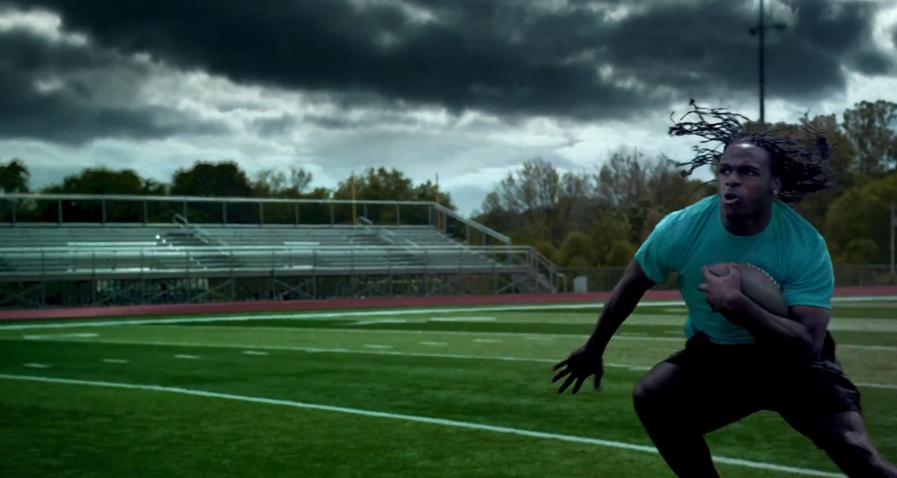 puma-forever-faster_football-americain
