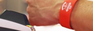 Southampton FC et Barclaycard créent le bracelet payant