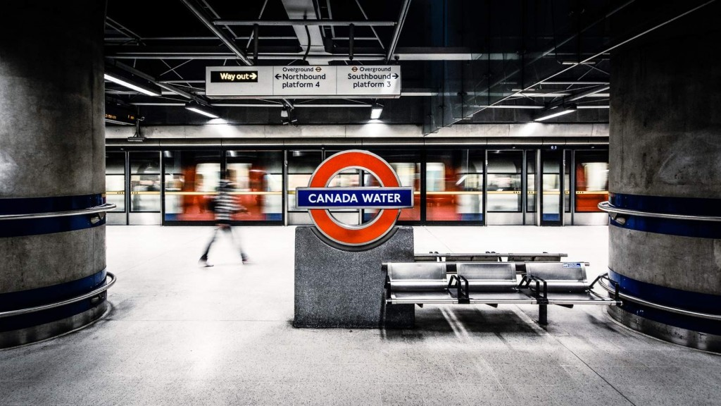 canada-water-metro