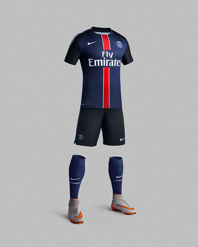 Fa15_Club_Kits_PR_Match_Full_Body_H_PSG_R_original