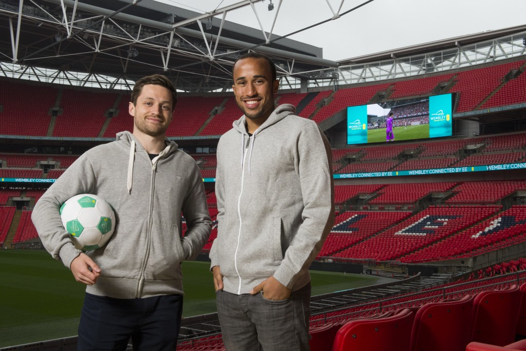 Andros Townsend and Spencer FC launch The Wembley Cup - July 2015 (1)