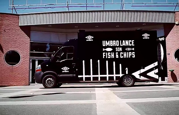 menu fish chips umbro avec ou sans maillot. Black Bedroom Furniture Sets. Home Design Ideas