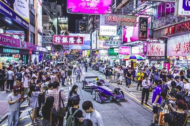 Début de la saison à Hong Kong