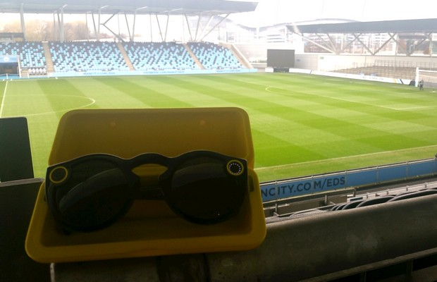 snapchat-spectacles-manchester-city
