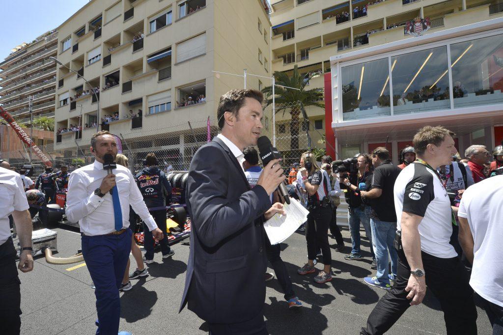 Thomas Sénécal remonte la grille de départ du Grand Prix de Monaco en compagnie de Franck Montagny
