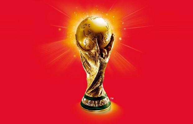 Le troph e de la coupe du monde de la fifa reims le 21 mars - Jeux de foot de la coupe du monde ...
