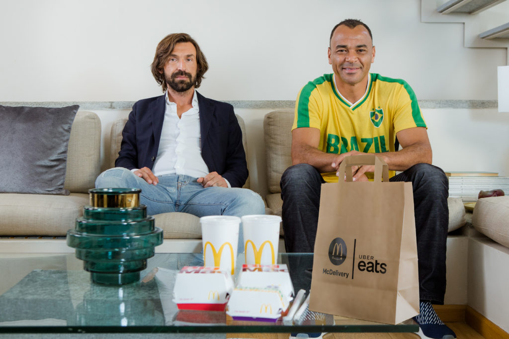 Andrea Pirlo Cafu McDelivery UberEats